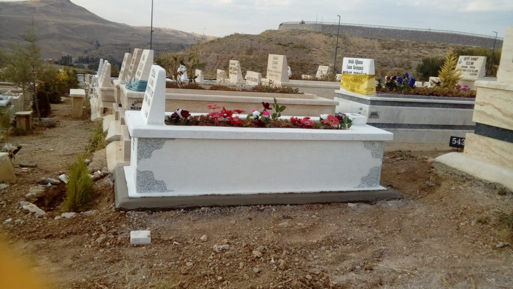 Tek KAtlı mezar